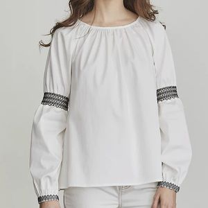 Elizabeth and James peasant embroidered blouse M